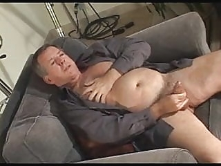 Jerk off from Bears & Daddies - by neurosiss 17:26 2012-03-03