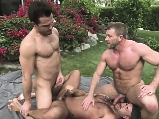 Muscly bear threeway jizz blowjob (gay) gangbang (gay) gays (gay)