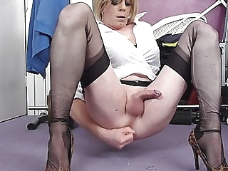 holly cums hands free with her didlo crossdresser (gay) masturbation (gay) sex toy (gay)