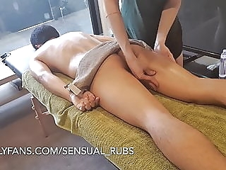 ASIAN GUY CUMS INSIDE ME AFTER EROTIC MASSAGE AND FINGERS ME 4:46 2020-02-07