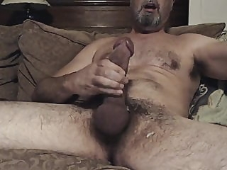 Hung hairy daddy with a big dick 18:58 2020-02-05